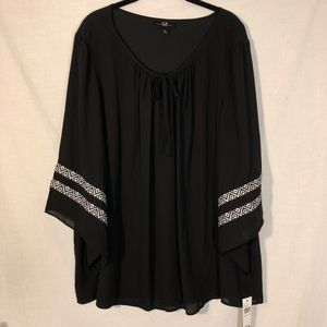 NWT AGB Black Flowy Blouse With Tribal Detail 3XL